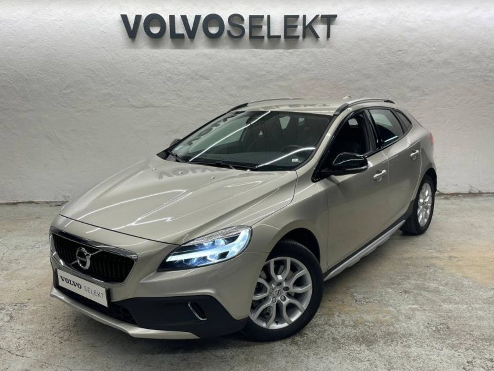 V40 D2 120ch Pro 2017 occasion 91200 Athis-Mons