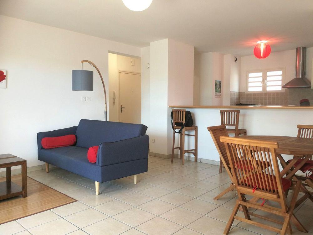 Appartement - 3 pièce(s) - 86 m² 1150 Sainte-Clotilde (97490)