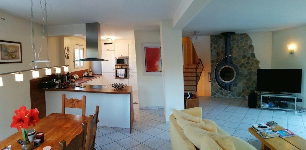 vente Maison - 7 pièce(s) - 225 m² Fillinges (74250)