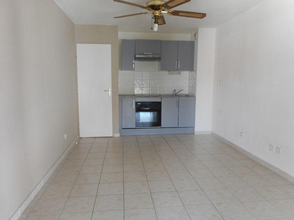 location Appartement - 3 pièce(s) - 48 m² Port-la-Nouvelle (11210)