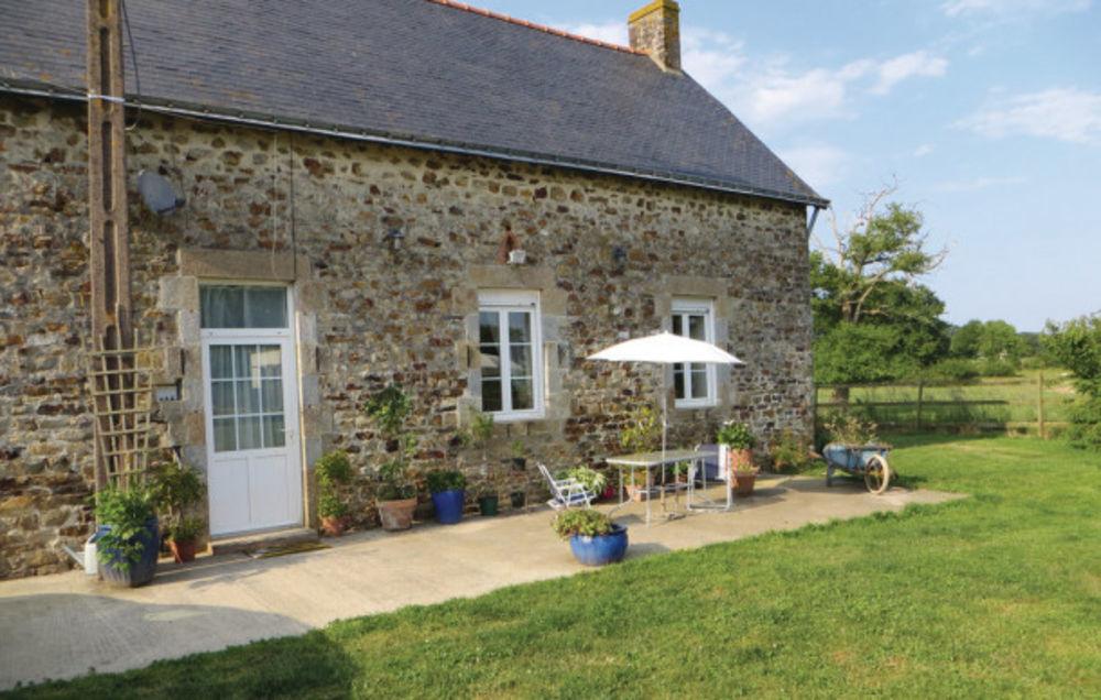 Location prestige Télévision - Terrasse - Lave vaisselle - Lave linge - Barbecue . . . Pays de la Loire, La Rouaudière (53390)