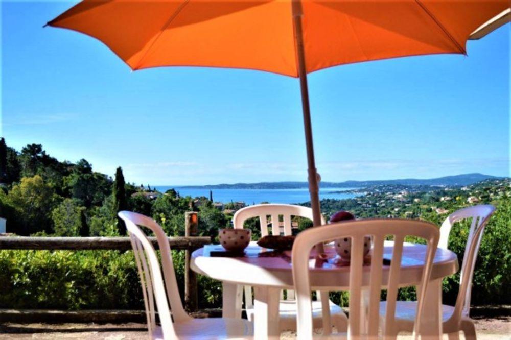 Appt 2 pièces cabine 6 couchages LES ISSAMBRES Piscine collective - Télévision - Vue mer - place de parking en extérieur - Lave Provence-Alpes-Côte d'Azur, Les Issambres (83380)