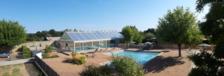 Huttopia Saumur - Tente toile & bois Sweet+ Piscine couverte - Piscine collective - Club enfants - Jeux jardin . . . Pays de la Loire, Saumur (49400)