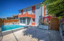 Location prestige avec piscine privée Piscine privée - Bain à remous - Plage < 3 km - Alimentation < 100 m - Télévision . . . Croatie, KrizisCe