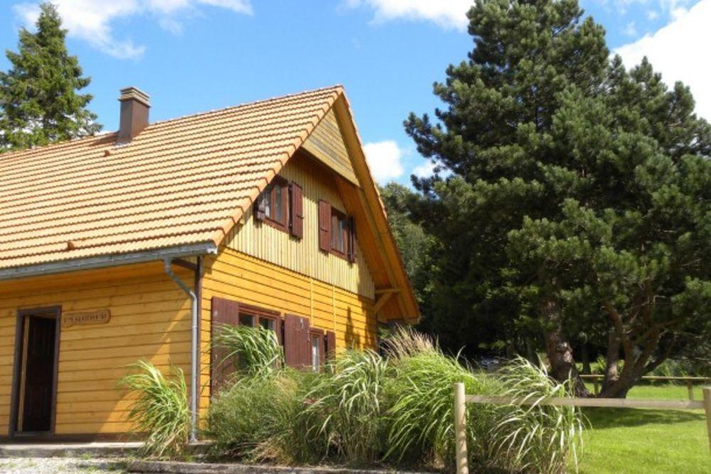Chalet - LA HOUBE Télévision - Lave vaisselle - Lave linge - Barbecue - Table et chaises de jardin . . . Lorraine, Dabo (57850)