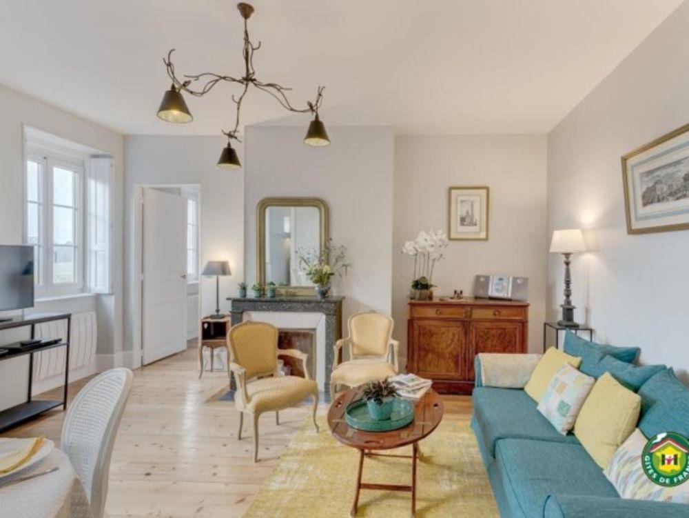 appartement 4 personnes Télévision - place de parking en extérieur - Lave vaisselle - Lave linge - Accès Internet . . . Picardie, Chantilly (60500)