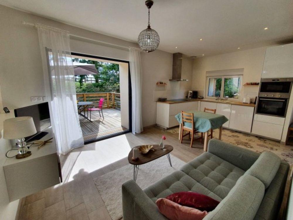 maison 2 personnes Télévision - Terrasse - place de parking en extérieur - Lave vaisselle - Lave linge . . . Centre, Chilleurs-aux-Bois (45170)