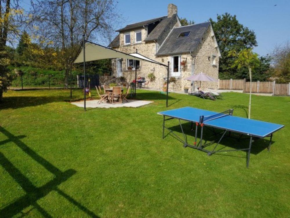 maison 5 personnes Télévision - Terrasse - Lave vaisselle - Lave linge - Sèche linge . . . Basse-Normandie, Antoigny (61410)