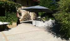 Exceptionnelle villa avec piscine Piscine privée - Bain à remous - Télévision - Terrasse - place de parking en extérieur . . . Rhône-Alpes, Saint-Paul-de-Varax (01240)