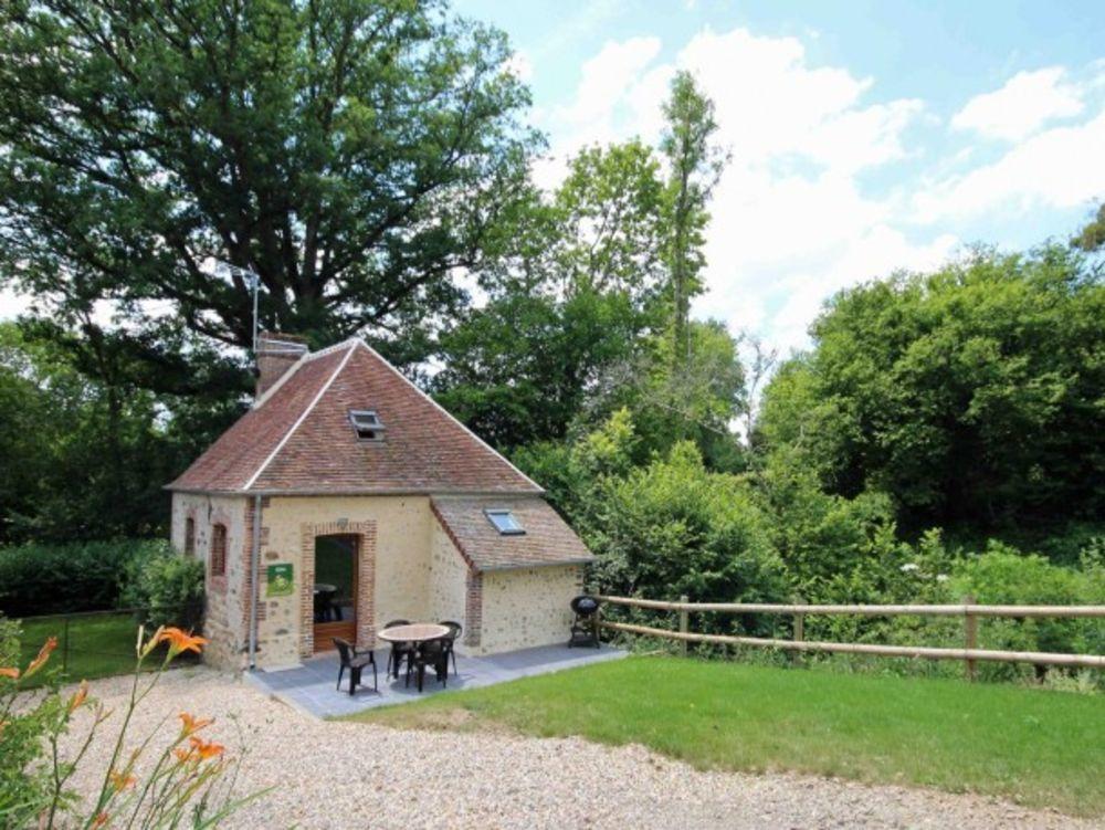 maison 2 personnes Télévision - Terrasse - place de parking en extérieur - Lave vaisselle - Lave linge . . . Basse-Normandie, Marchainville (61290)