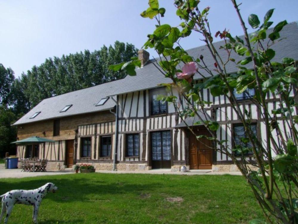 maison 8 personnes Télévision - Terrasse - place de parking en extérieur - Lave vaisselle - Lave linge . . . Haute-Normandie, Saint-Paër (76480)
