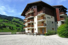 APPARTEMENT 27 m² IDEAL POUR 4 PERSONNES CLASSE 2** Piscine collective - Alimentation < 100 m - Télévision - Lave vaisselle - As Rhône-Alpes, Areches (73270)