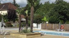 Camping AU P'TIT BONHEUR - Tente Lodge Victoria 30 m² avec salle de bain - terrasse couverte Club enfants - Jeux jardin - Lit bé Aquitaine, Peyrillac-et-Millac (24370)