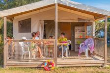 Camping Aqua Viva - TENTE ÉQUIPÉE 4/5 PERSONNES 2 CHAMBRES Piscine collective - Terrasse - Accès Internet - Barbecue - Lit bébé Aquitaine, Carsac-Aillac (24200)