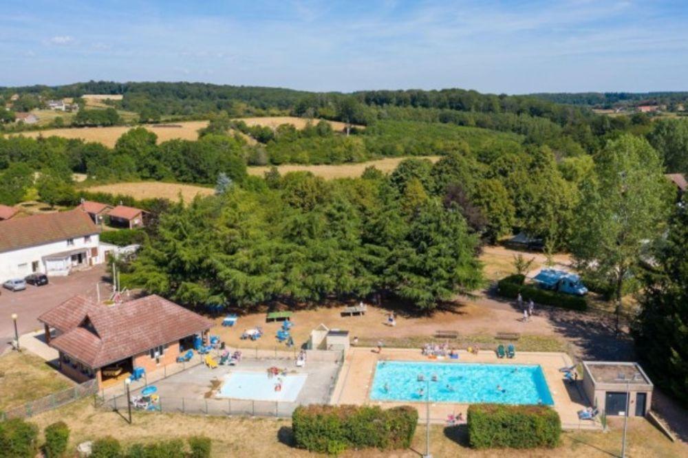 Camping de Saulieu - Mini-Chalet Anaïs sans sanitaires Accès Internet - Jeux jardin . . . Bourgogne, Saulieu (21210)