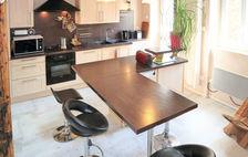 Télévision - Terrasse - place de parking en extérieur - Lave vaisselle - Lave linge . . . Rhône-Alpes, Saint-Martin-d'Ardèche (07700)