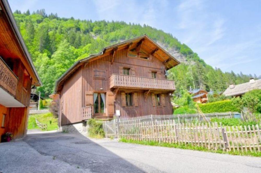 Chalet ulysse Alimentation < 2 km - Centre ville < 2 km - Télévision - Lave vaisselle - Lave linge . . . Rhône-Alpes, Morzine (74110)
