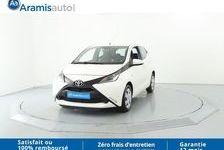 Toyota AYGO x-play 8490 69150 Décines-Charpieu