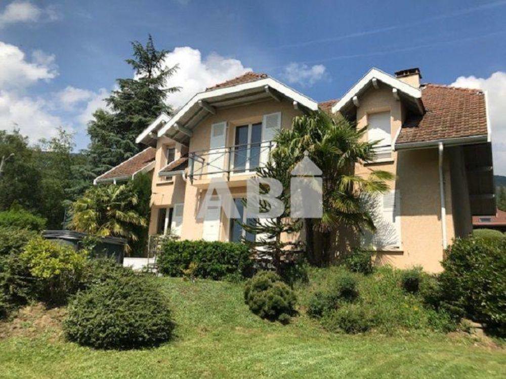Vente Maison Splendide villa de charme dans secteur calme, ensoleillé avec vue montagne.  à Péron