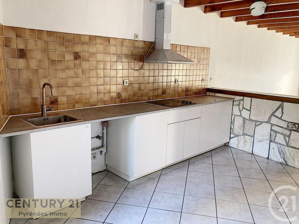 location Appartement - 3 pièce(s) - 80 m² Latoue (31800)