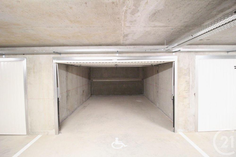 location Parking / Garage - 19 m² Grenoble (38000)