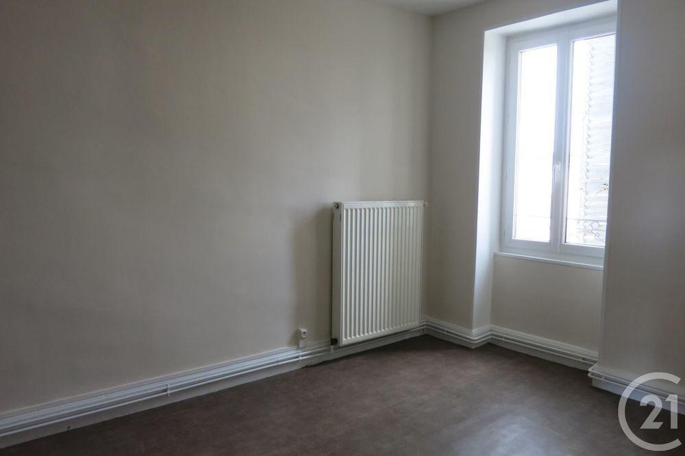 location Appartement - 3 pièce(s) - 45 m² Montluçon (03100)