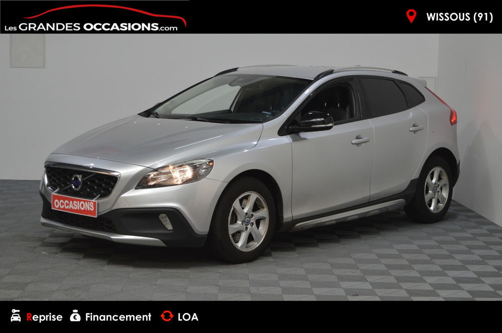 V40 D3 150 Kinetic Geartronic A 2014 occasion 91320 Wissous
