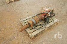 Excavator Attachments  (enchère : 17/03/2020)