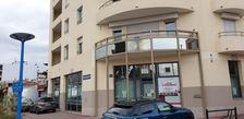 Location d'un local commercial en angle de 177m2, artère principale de MANDELIEU 20000