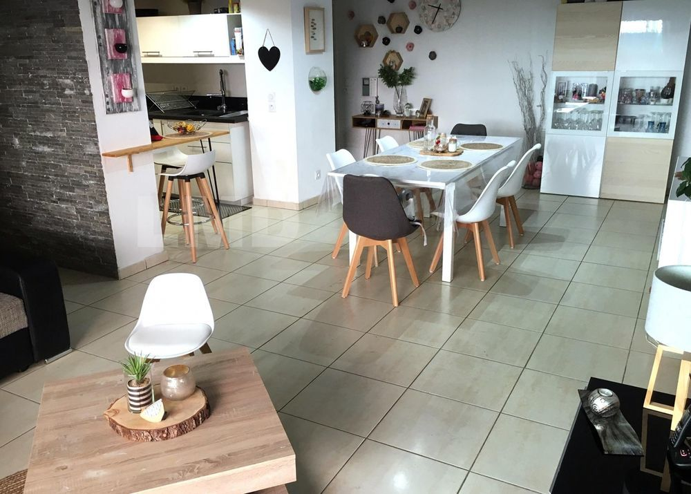 Vente Appartement BEL APPARTEMENT DANS LE CENTRE DE COGOLIN  à Cogolin
