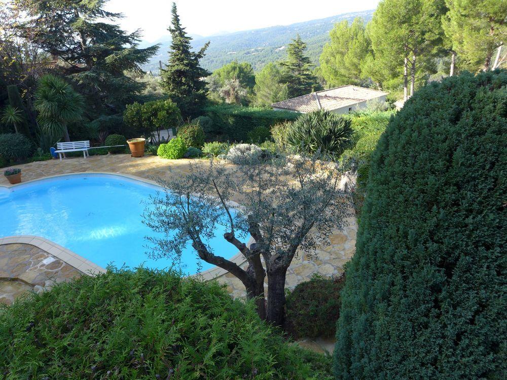 Vente Maison Trés belle demeure en pierre sur 6000 m² de terrain paysagé ; piscine , vue dominante,calme absolu  à Ceyreste