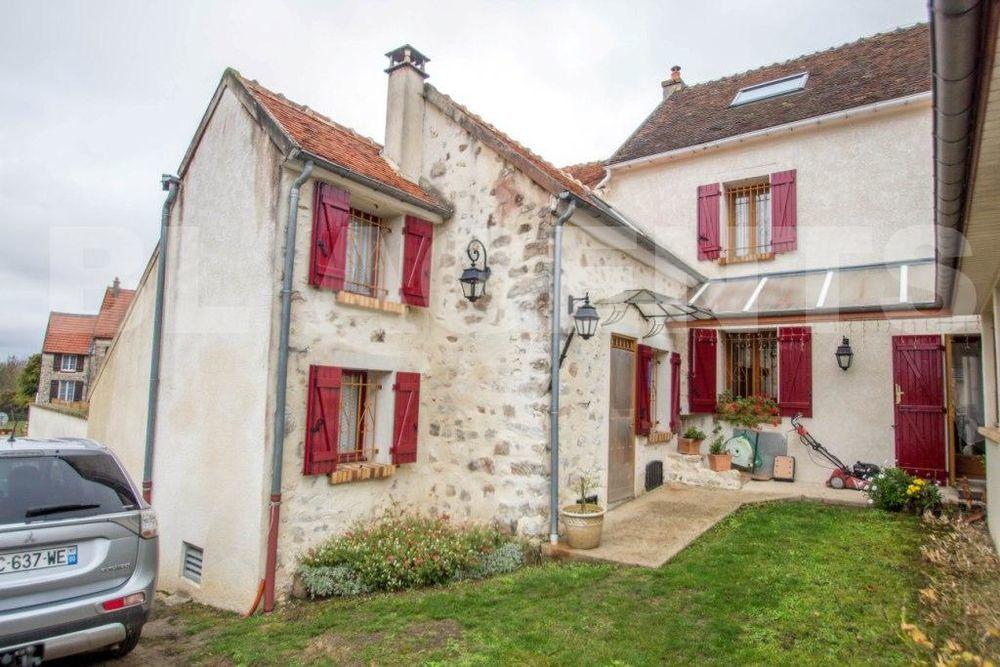 Vente Maison maison/villa 7 pièce(s) 150 m2  à Crouy-sur-ourcq