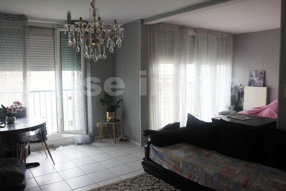 Vente Appartement Appartement 5 pièce(s) 92 m2  à Montbeliard