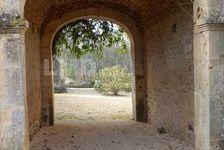 ANCIEN PRIEURE MEDIEVAL 430000 Puy-l'Évêque (46700)
