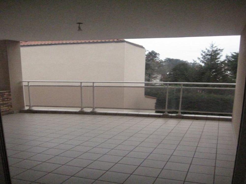 location Appartement - 3 pièce(s) - 79 m² Andrézieux-Bouthéon (42160)
