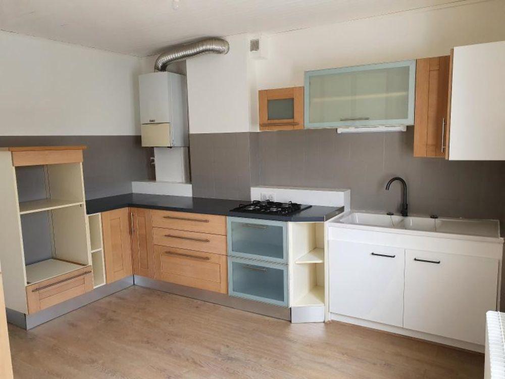 location Appartement - 3 pièce(s) - 75 m² Saint-Just-Saint-Rambert (42170)