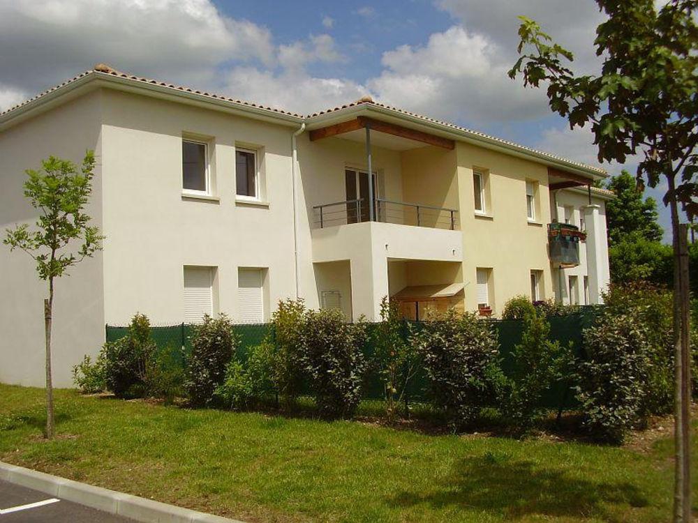 Location Appartement MARMANDE à louer T2 au 1er étage avec place de Parking  à Marmande