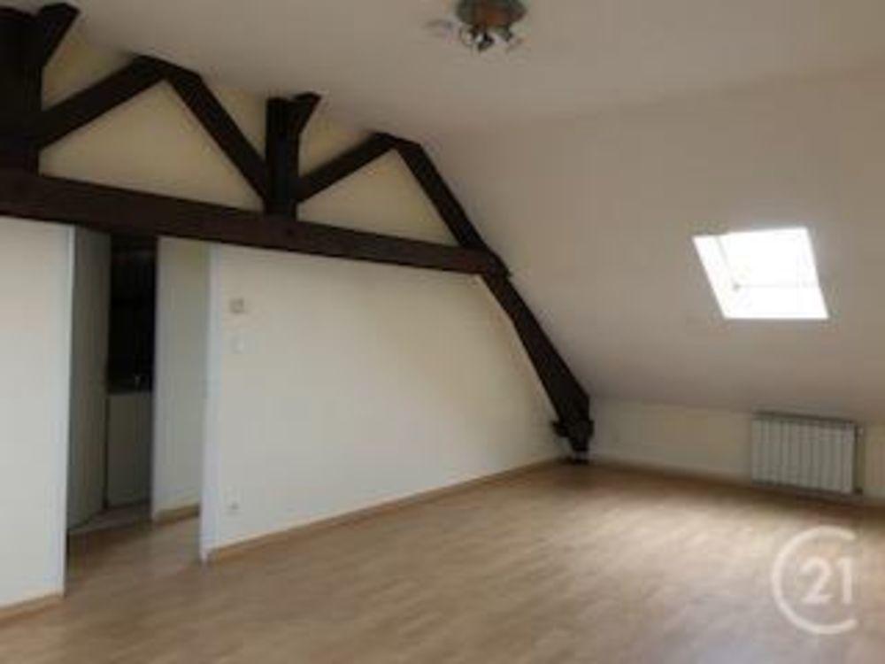 location Appartement - 3 pièce(s) - 65 m² Néris-les-Bains (03310)
