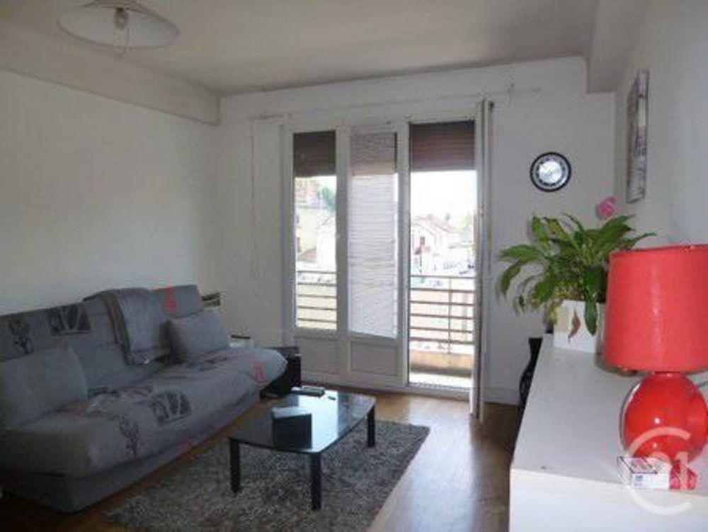 location Appartement - 3 pièce(s) - 60 m² Saint-Pourçain-sur-Sioule (03500)