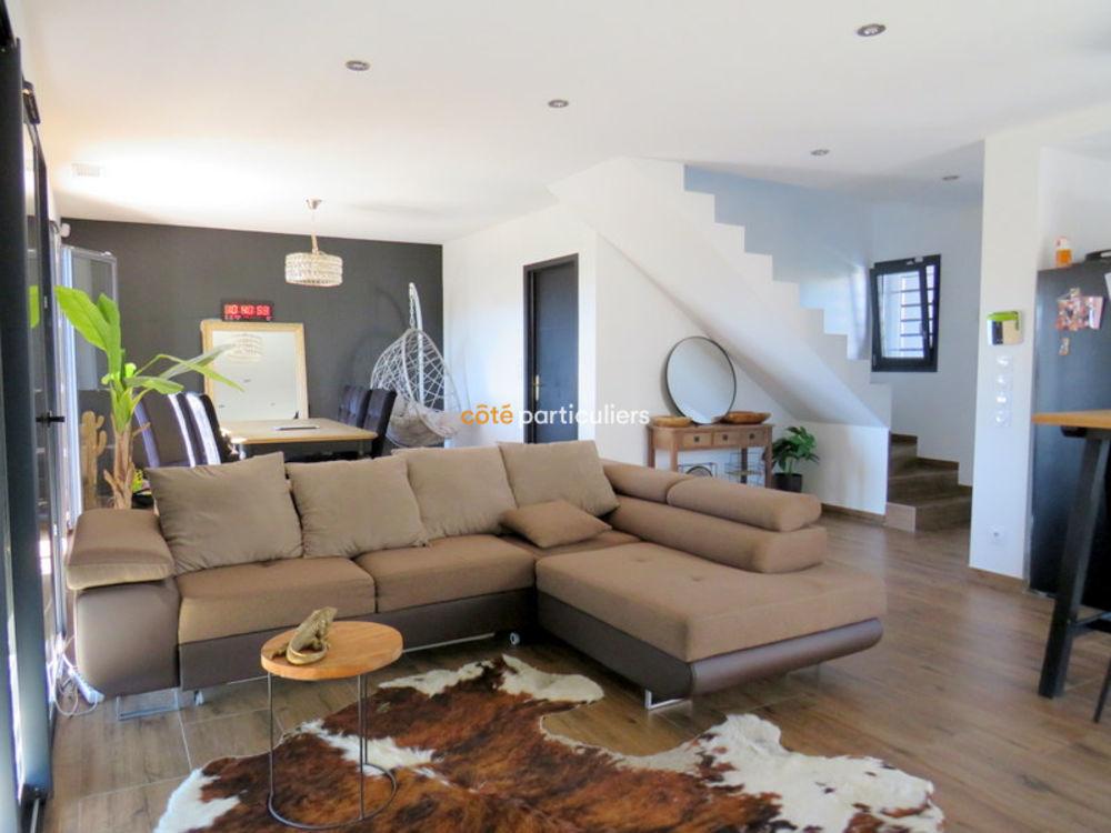 Vente Maison Villa moderne de 96 m2 en 3 faces  à St laurent de la salanque
