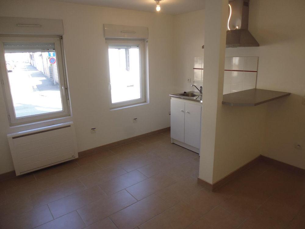 Location Appartement Studio en RDC  à Louviers