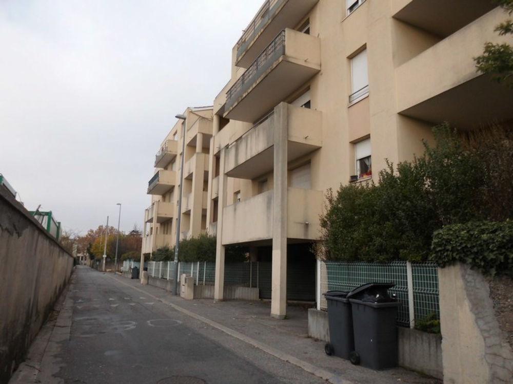 Vente Appartement APPARTEMENT 3 PIECES VENDU LOUE VALENCE LATOUR MAUBOURG  à Valence
