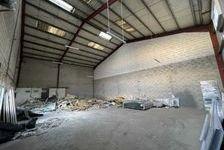 LOCAUX AVEC UN EXTERIEUR PRIVATIF - 250 m² non divisibles 350000 77170 Brie comte robert