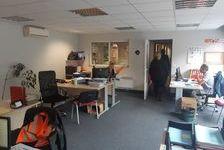 Immeuble de bureaux indépendant à louer - 902 m² divisibles à partir de 244 m²