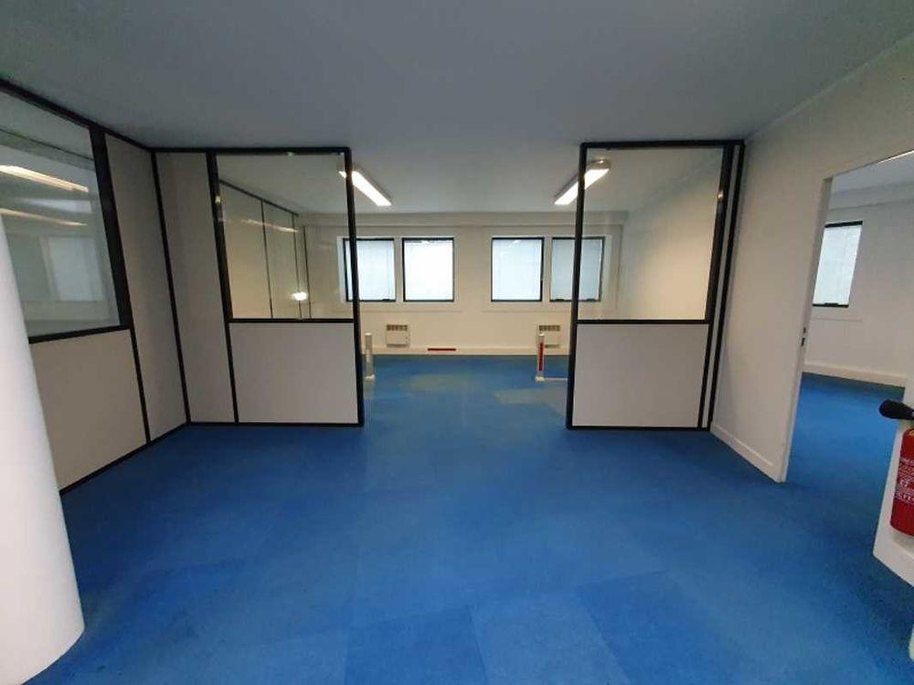 Bureaux - A VENDRE - 194 m² non divisibles