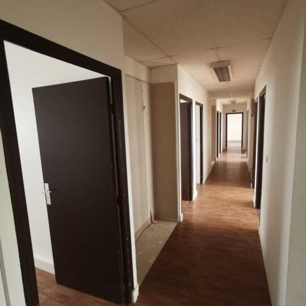 Bureaux - A VENDRE - 201 m² non divisibles