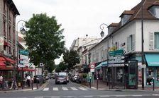Locaux commerciaux - CESSION DE FONDS - 121 m² non divisibles 0