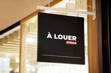 Locaux commerciaux - A LOUER - 120 m² non divisibles 6500