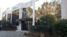 BATIMENT INDEPENDANT - 1 480 m² non divisibles 0 78117 Toussus le noble