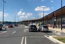Locaux commerciaux - A LOUER - 134 m² non divisibles 2456